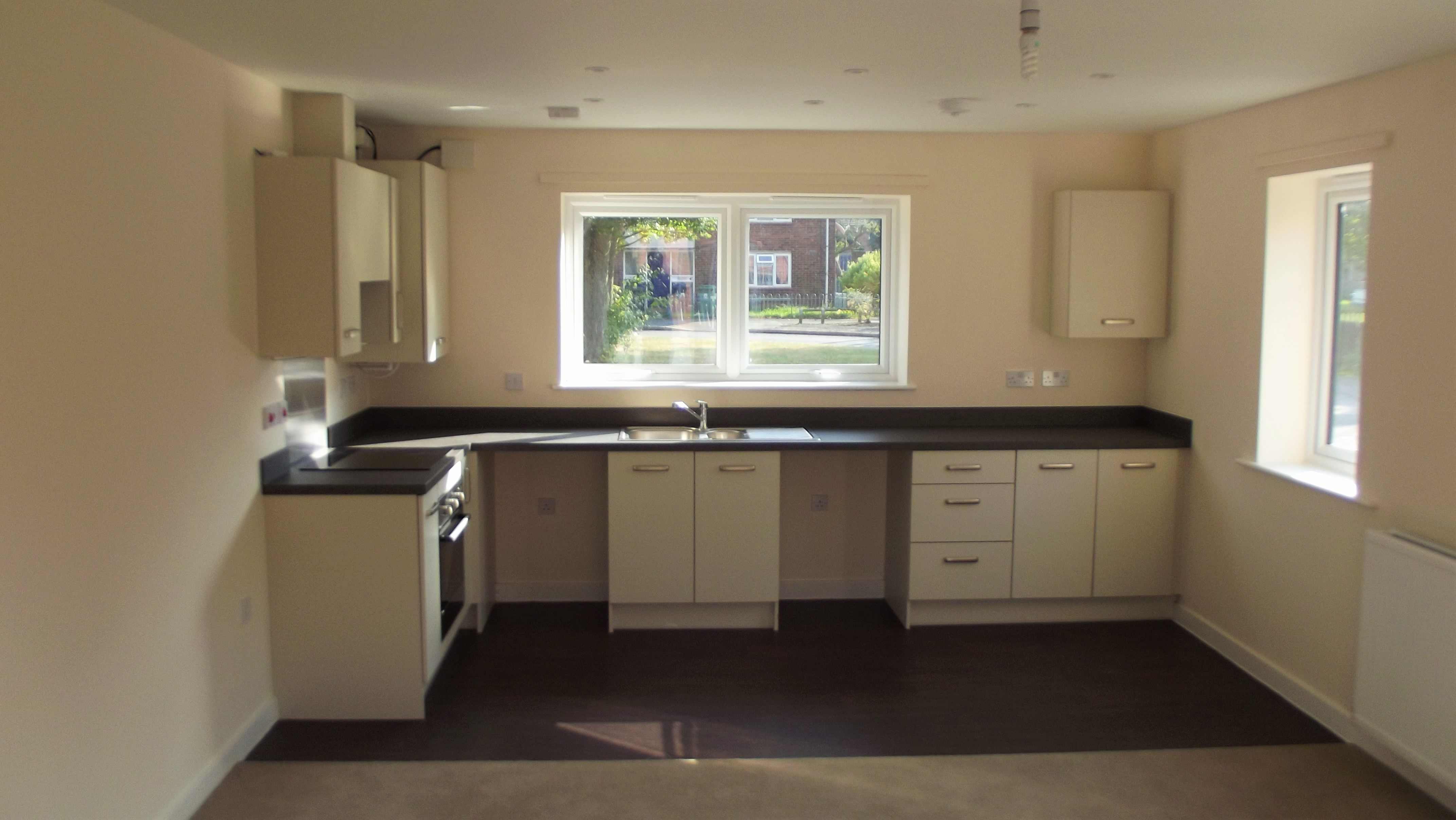 Two Bedroom Apartments To Rent  NEW PRICE  PCM  GUARANTEED - Two bedroom apartments for rent